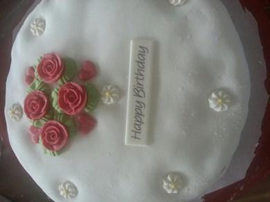 gâteau d'anniversaire (fait 100% par moi) Wumeou10