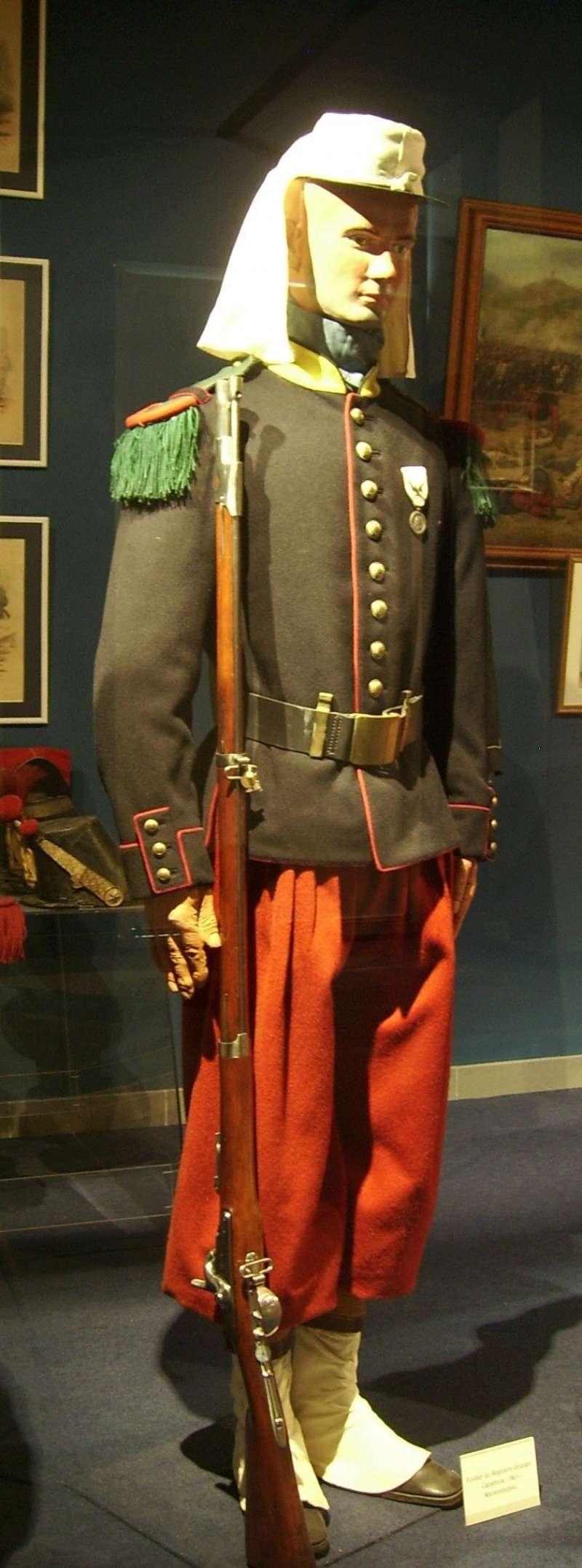 Baroud d'honneur de la Légion à la bataille de Camerone 1cc36c10