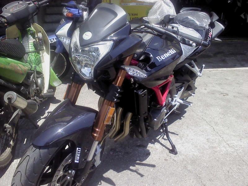 Benelli 600cc Dsc00214