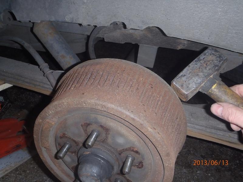 Nettoyage de frein à tambour S2/95 P6130011
