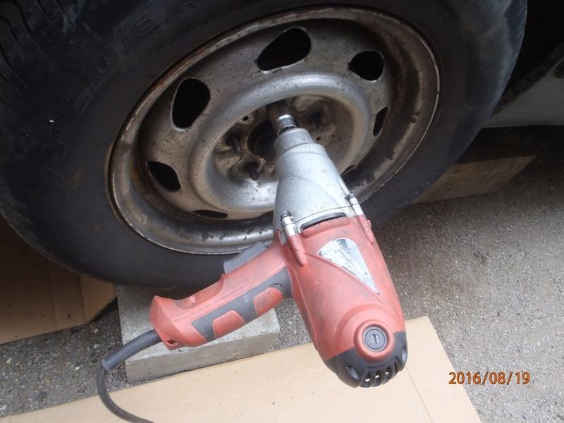 Nettoyage de frein à tambour S2/95 P8190011