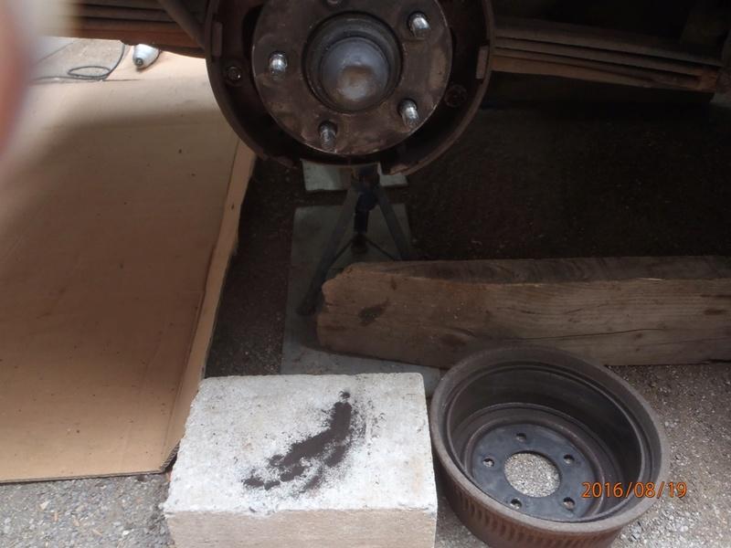 Nettoyage de frein à tambour S2/95 P8190012