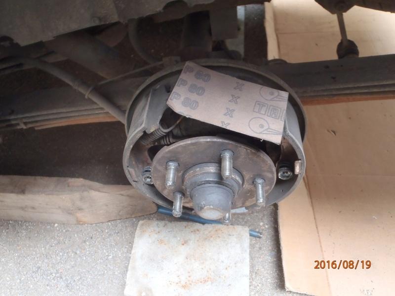 Nettoyage de frein à tambour S2/95 P8190014