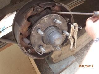 Nettoyage de frein à tambour S2/95 P8190017