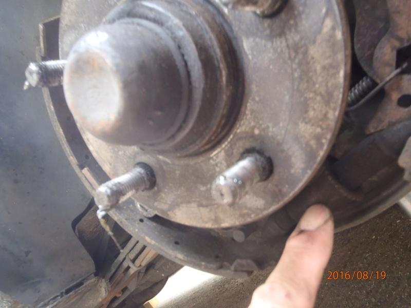 Nettoyage de frein à tambour S2/95 P8190019