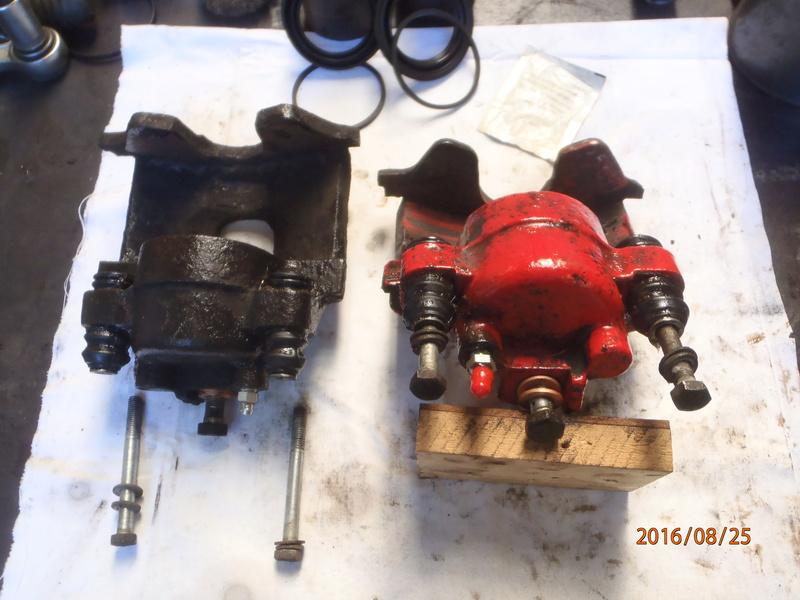 Train avant, démontage et révision, Frein, roulement, rotule, transmission.... P8250016