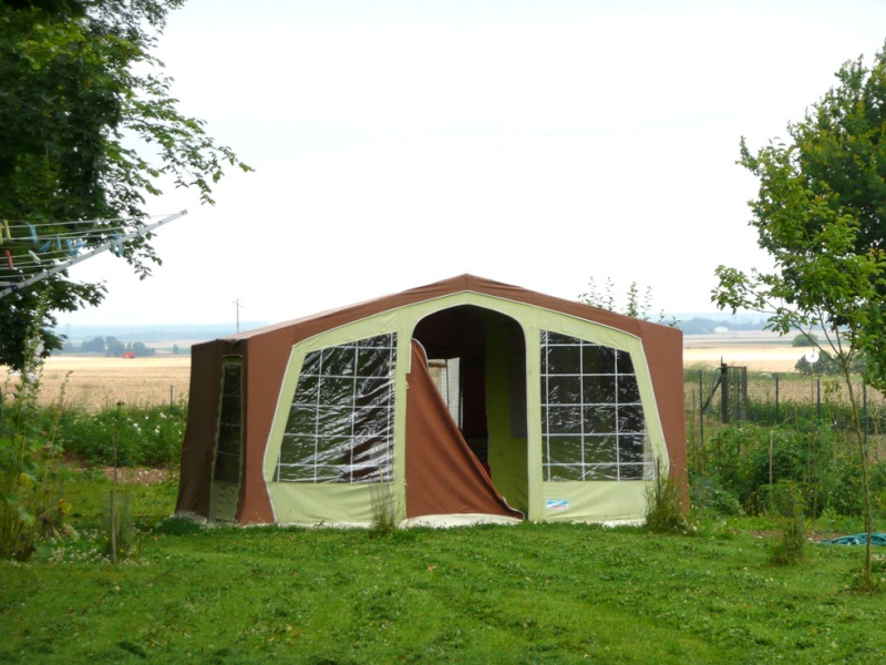 caravane pliante coltel abs toile marechal 2 lits 140 x 200. Black Bedroom Furniture Sets. Home Design Ideas