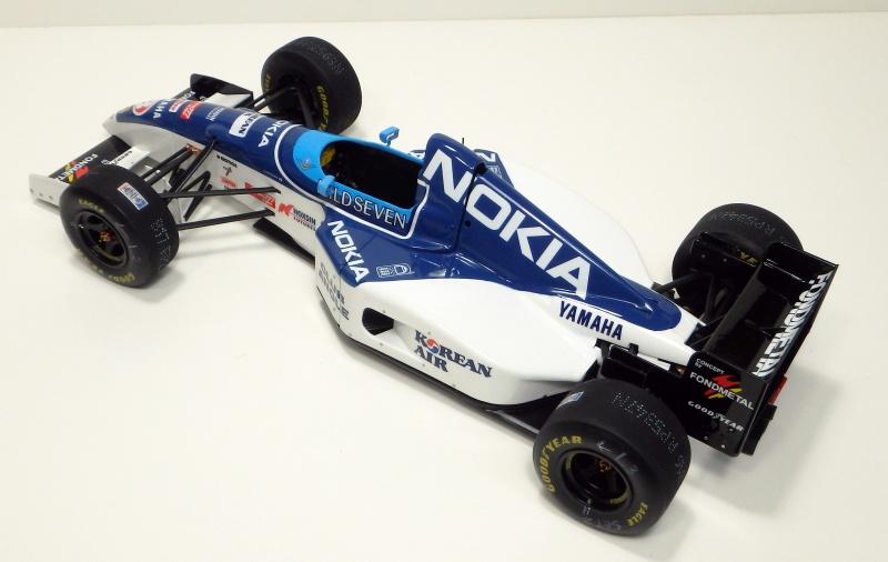 1995 Tyrrell 023 1/20 P6200014