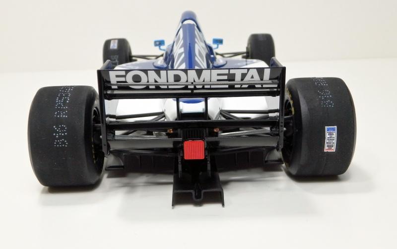 1995 Tyrrell 023 1/20 P6200111