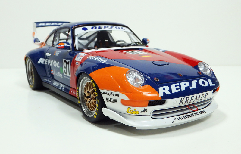 Repsol Porsche 911 GT2 P8180015