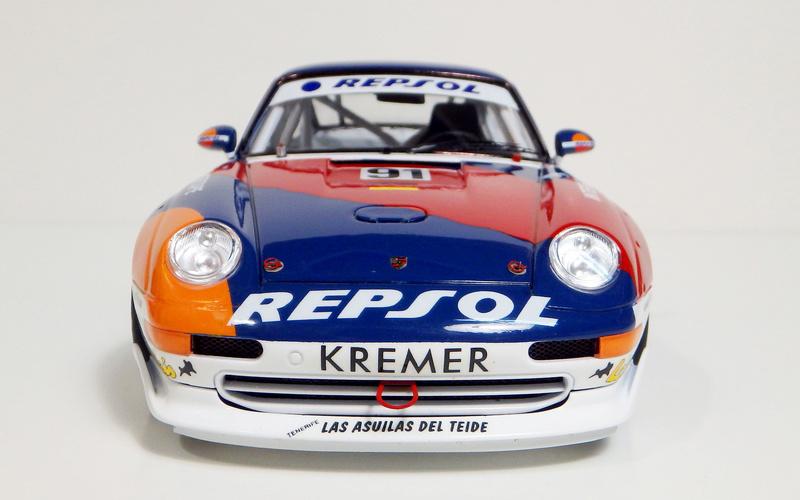 Repsol Porsche 911 GT2 P8180017