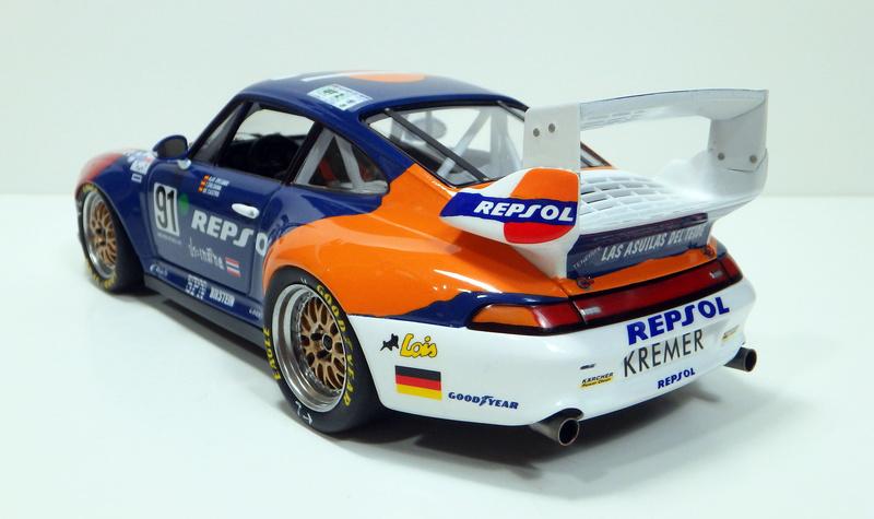 Repsol Porsche 911 GT2 P8180018