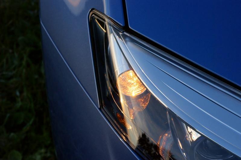 [jfb] Laguna III.2 Estate GT 4Control 2.0 dCi 130 Energy Bleu Malte 10dsc010