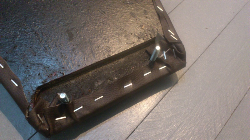 Suzuki 400 gsxf   Bratstyle ou presque - Page 2 Dsc_1314