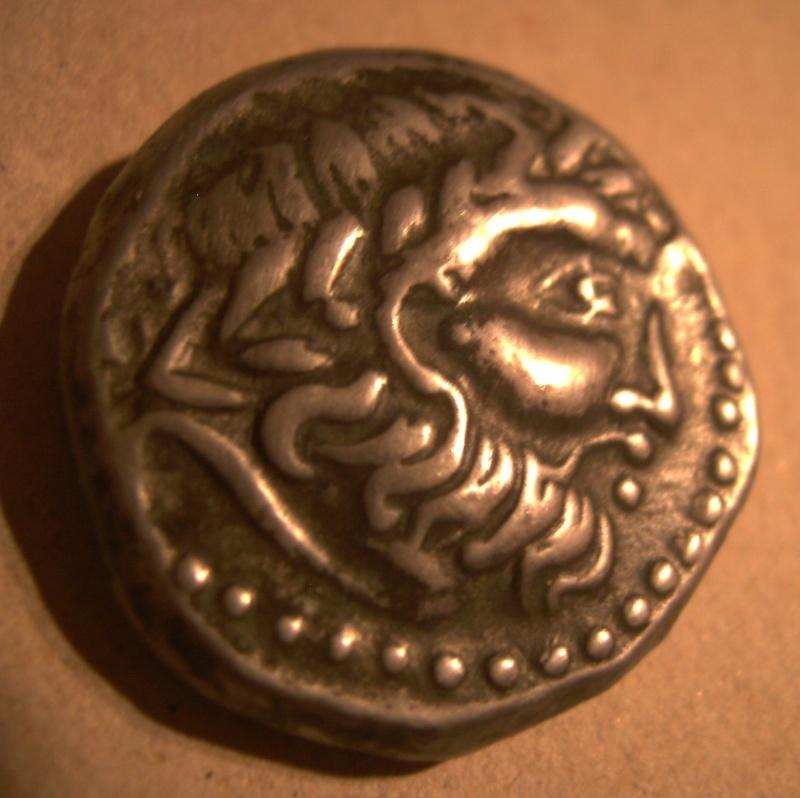 tétradrachme Celtes du Danube Pict1311