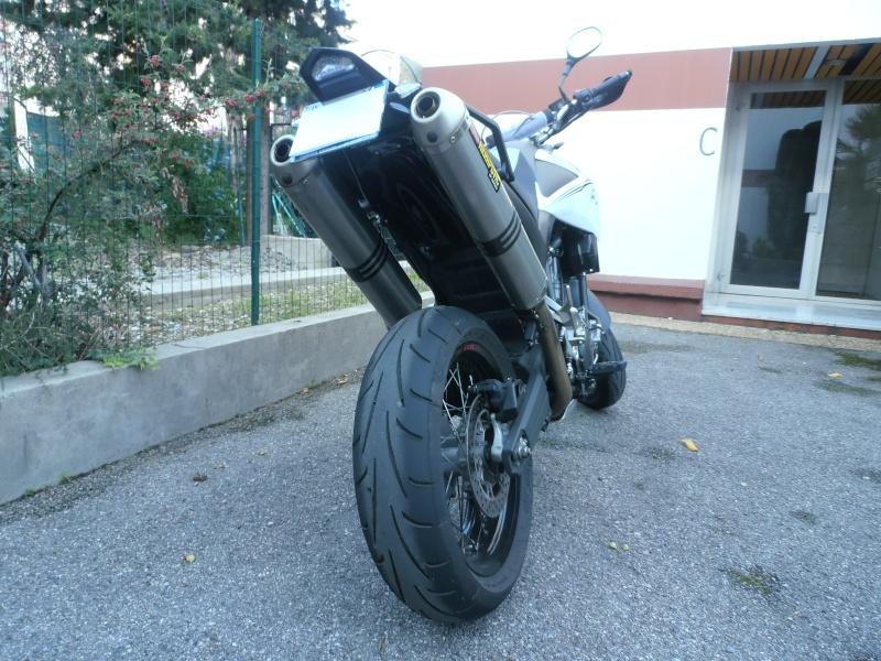 changement de moto... - Page 2 Pa180110