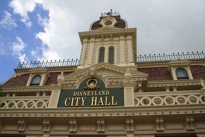HONG KONG DISNEYLAND RESORT 27041910
