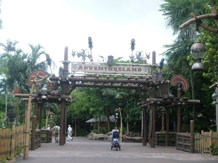 HONG KONG DISNEYLAND RESORT 59480_10