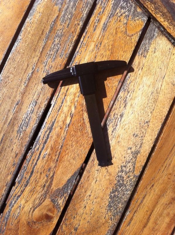 Problème de toit ouvrant  Img_1211