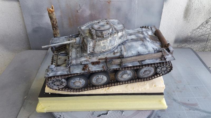 Panzer 38(T) Ausf.E/F - 1/16 - PANDA HOBBY. mise en boue  - Page 11 20160714