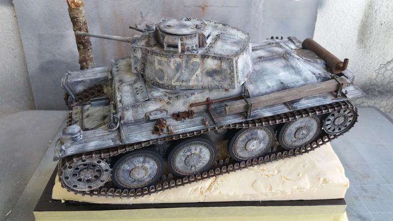 Panzer 38(T) Ausf.E/F - 1/16 - PANDA HOBBY. mise en boue  - Page 12 20160716