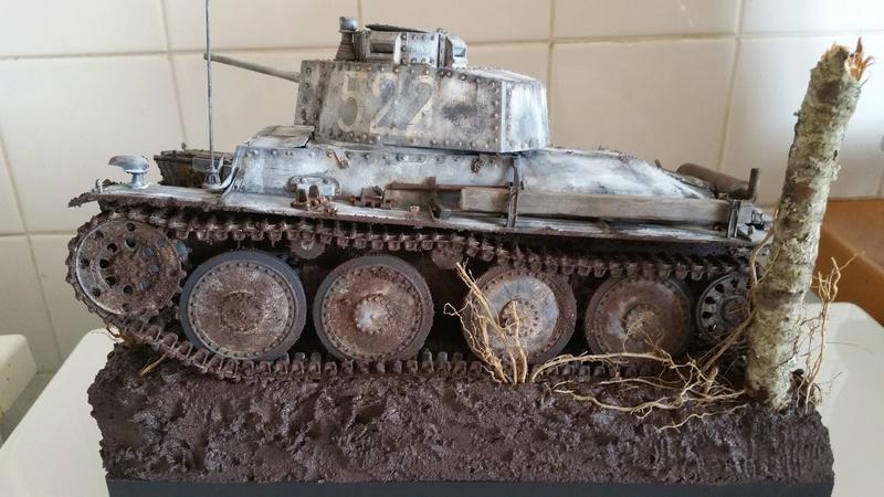 Panzer 38(T) Ausf.E/F - 1/16 - PANDA HOBBY. mise en boue  - Page 13 20160735