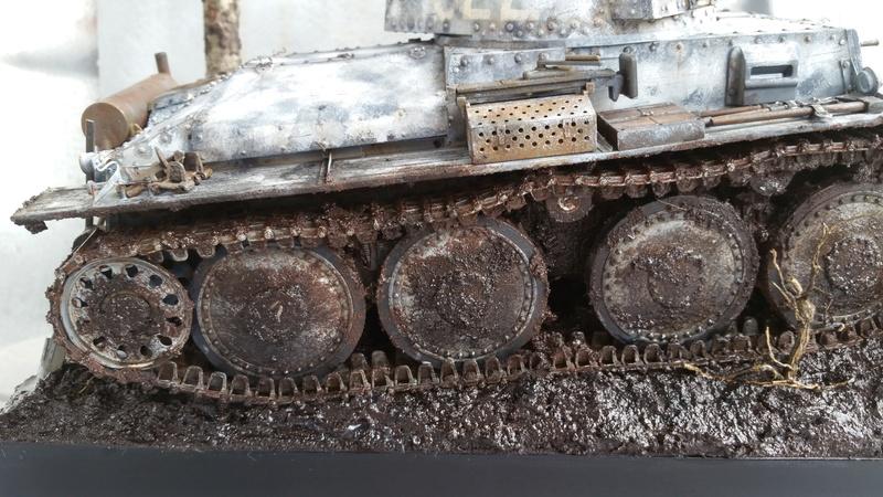 Panzer 38(T) Ausf.E/F - 1/16 - PANDA HOBBY. mise en boue  - Page 13 20160740