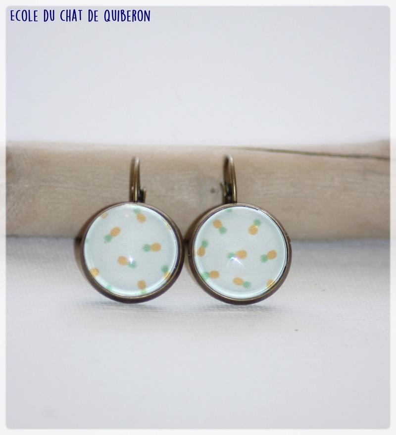 Les boucles d'oreilles...100% Fait-main, au profit de l'ECQ! - Page 11 Img_1826