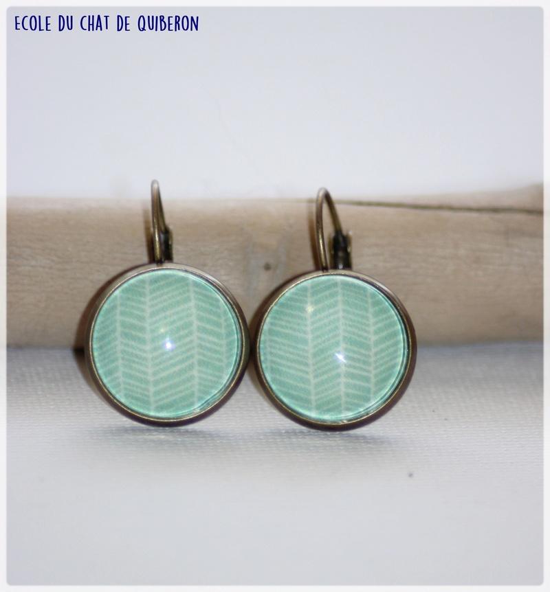 Les boucles d'oreilles...100% Fait-main, au profit de l'ECQ! - Page 11 Img_1827