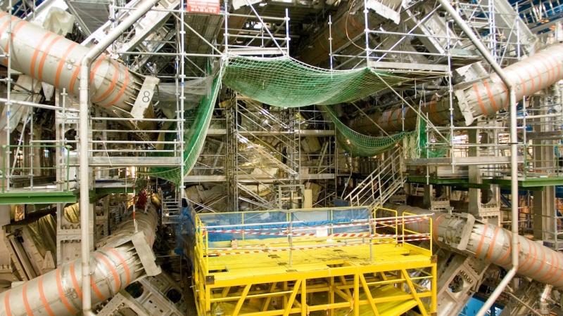 ATLAS ( 8 )  -  DÉTECTEUR   -   CERN   -   LHC   [ EN COURS ] Atlas-10