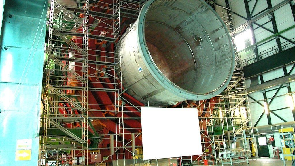 [ EN COURS ]   -   DÉTECTEUR  -  CMS   -   CERN   -   LHC Cms34-10