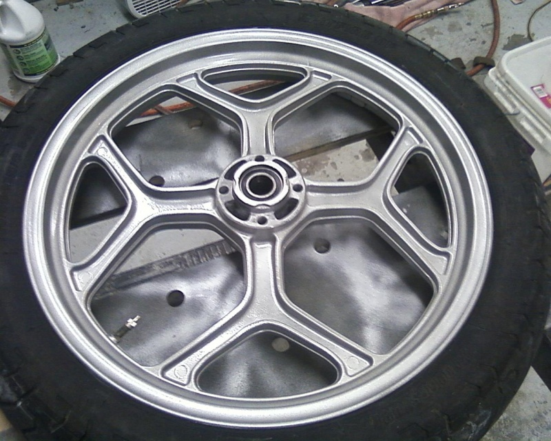Best way to clean painted wheels? Photo010