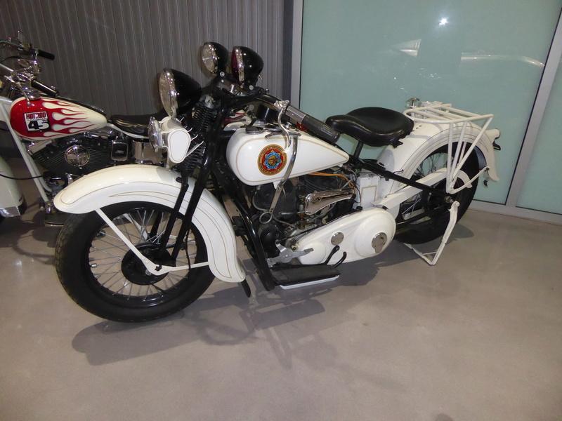 Les vieilles Harley....(ante 84) par Forum Passion-Harley - Page 39 P1010310