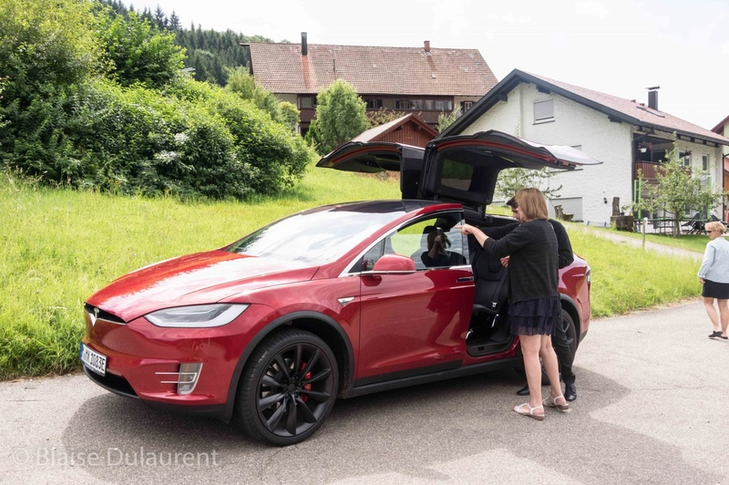 Tesla Model X - Page 2 Blaise19