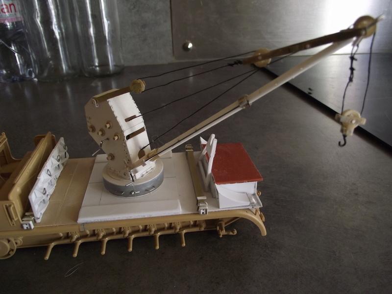FAMO TAMIYA au 1/35 transformation en scratch pour l'ajout d'une grue Bilstein de 6 tonnes Dscf9041