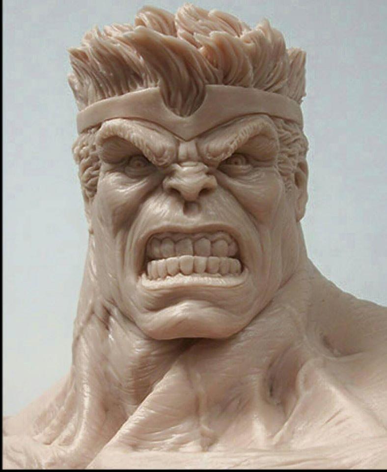 Premium Collectibles : Planet Hulk / King Hulk** Image201