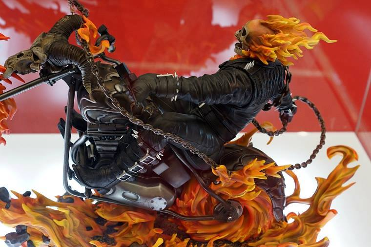 Premium Collectibles : Ghost Rider - Page 3 Image212