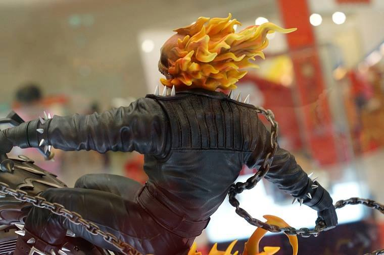 Premium Collectibles : Ghost Rider - Page 3 Image215