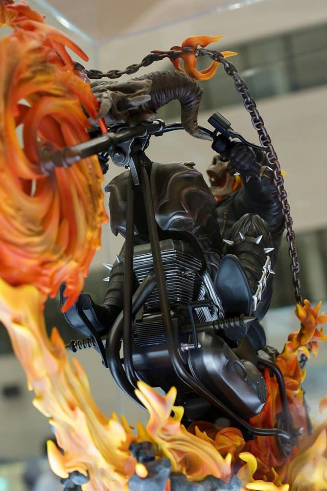 Premium Collectibles : Ghost Rider - Page 3 Image219