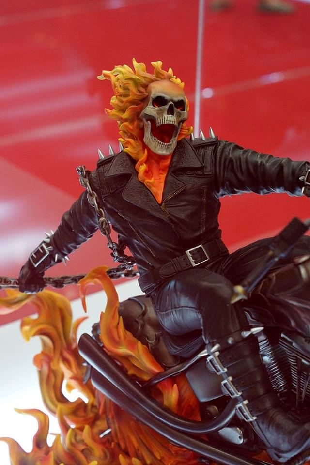 Premium Collectibles : Ghost Rider - Page 3 Image220
