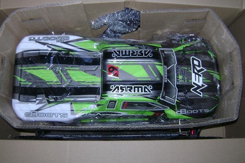 Arrma Monster Truck Nero BLX EDC /  Fazon & Big Rock de Trankilou&Trankilette - Page 3 10_08_11