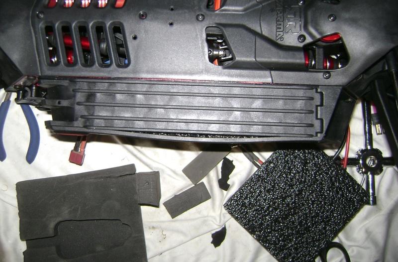 Arrma Monster Truck Nero BLX EDC /  Fazon & Big Rock de Trankilou&Trankilette 28_07_42