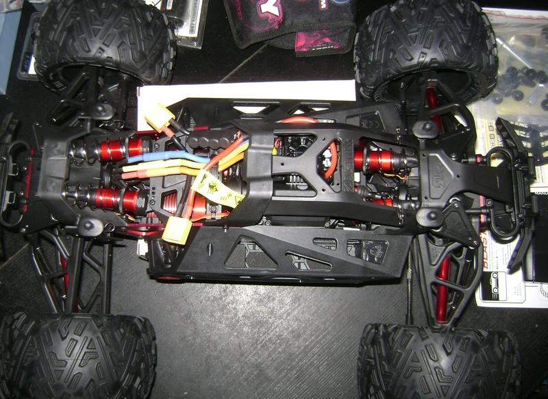 Arrma Monster Truck Nero BLX EDC /  Fazon & Big Rock de Trankilou&Trankilette Tof_2721
