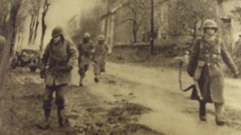 Représenter un homme du régiment de Marche du Tchad, comment ça marche? Dscf4518