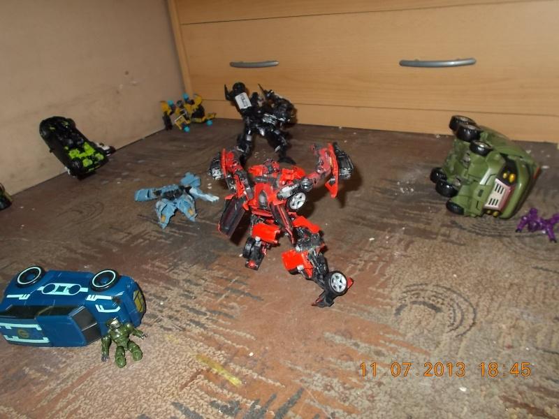 Guerres Transformers! Montrez-moi vos batailles et guerres épiques en photo ici. - Page 4 Mama_019