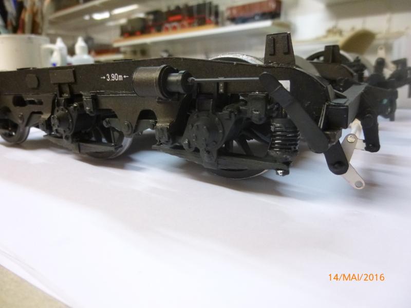 Fertig - Dreiteilige elektrische Triebeinheit - EN 57 gebaut von Holzkopf P1050410