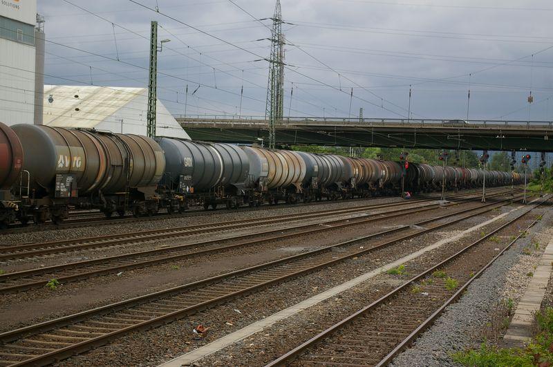 Was die Züge so bewegt ... - Seite 4 185_3710
