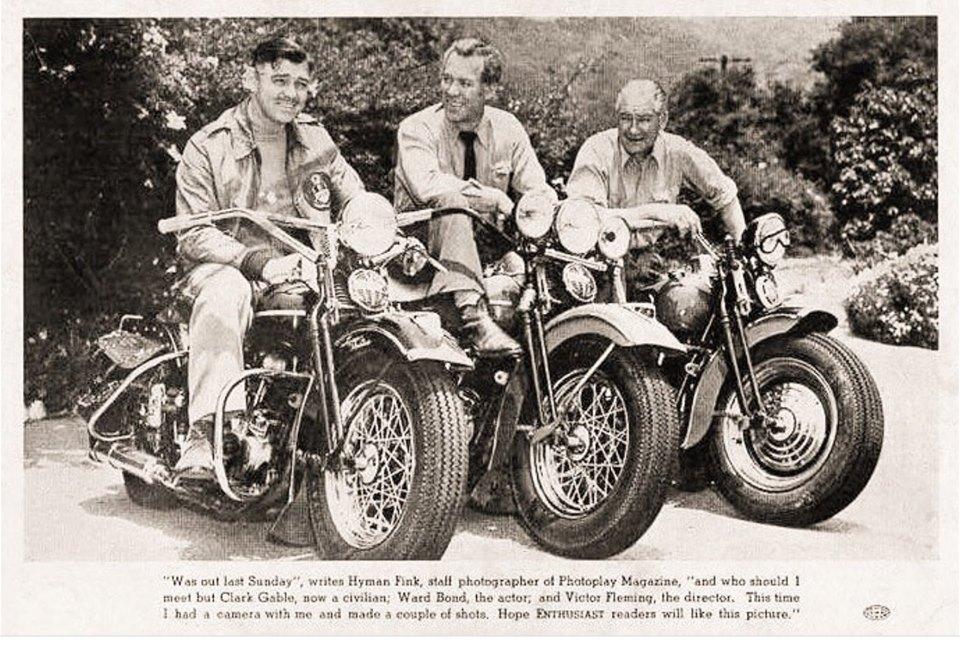 Ils ont posé avec une Harley, uniquement les People - Page 6 65054110
