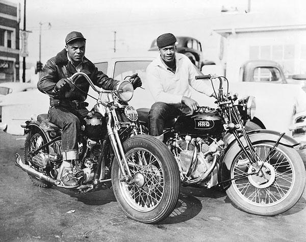 NOSTALGIA vieilles photos H-D d'époque Harley11