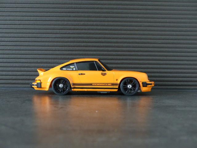 porsche 911 carrera 2.7 type G ( terminée ) P1070912